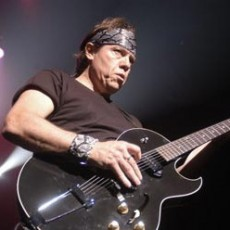george-thorogood-the-destroyers